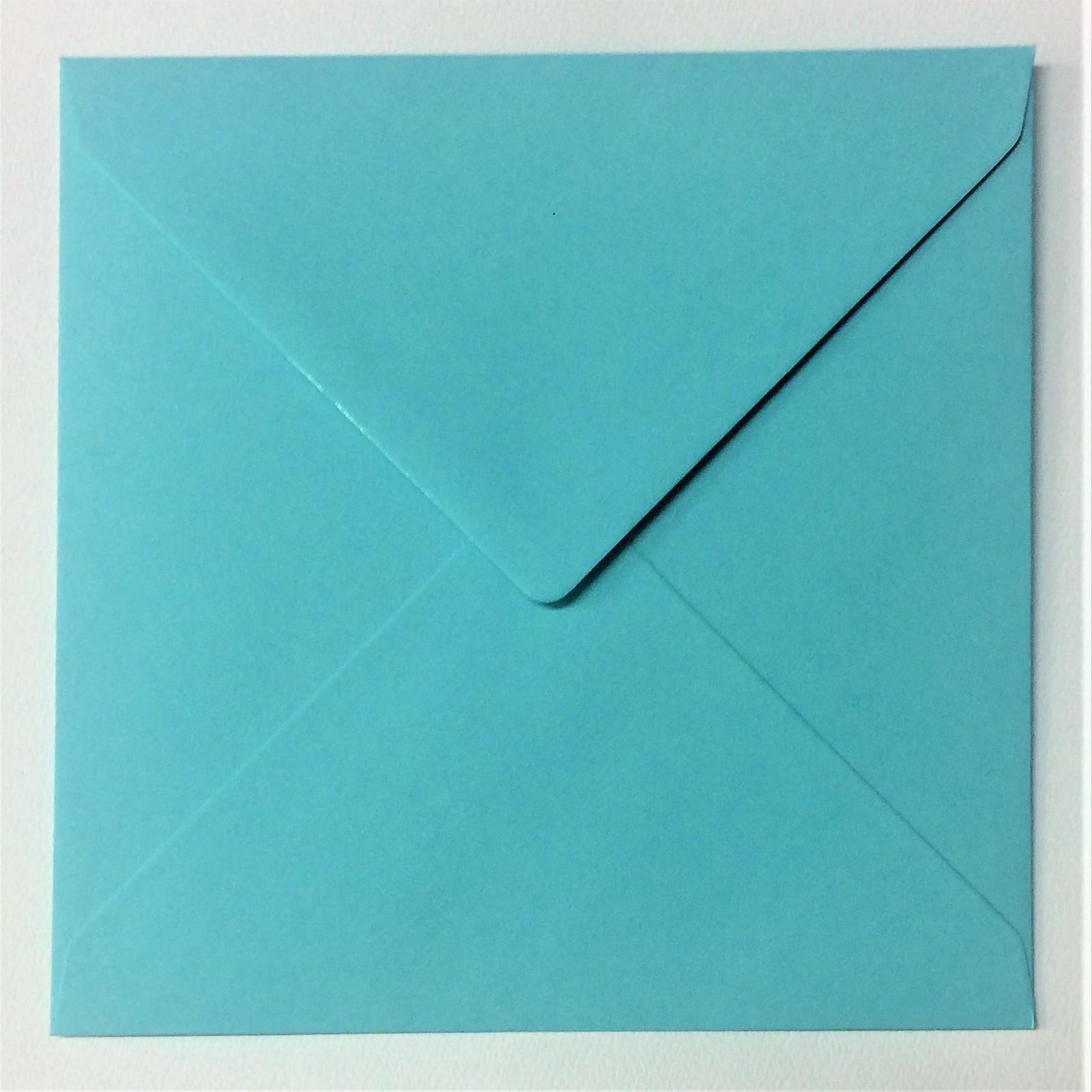 напечатать фото на квадратном конверте простым языком